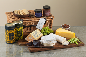 Cheese Lovers'' Hamper