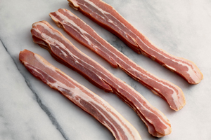 Unsmoked Dry Cured Streaky Bacon 350g