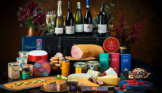 Shop Christmas Hampers & Gifts